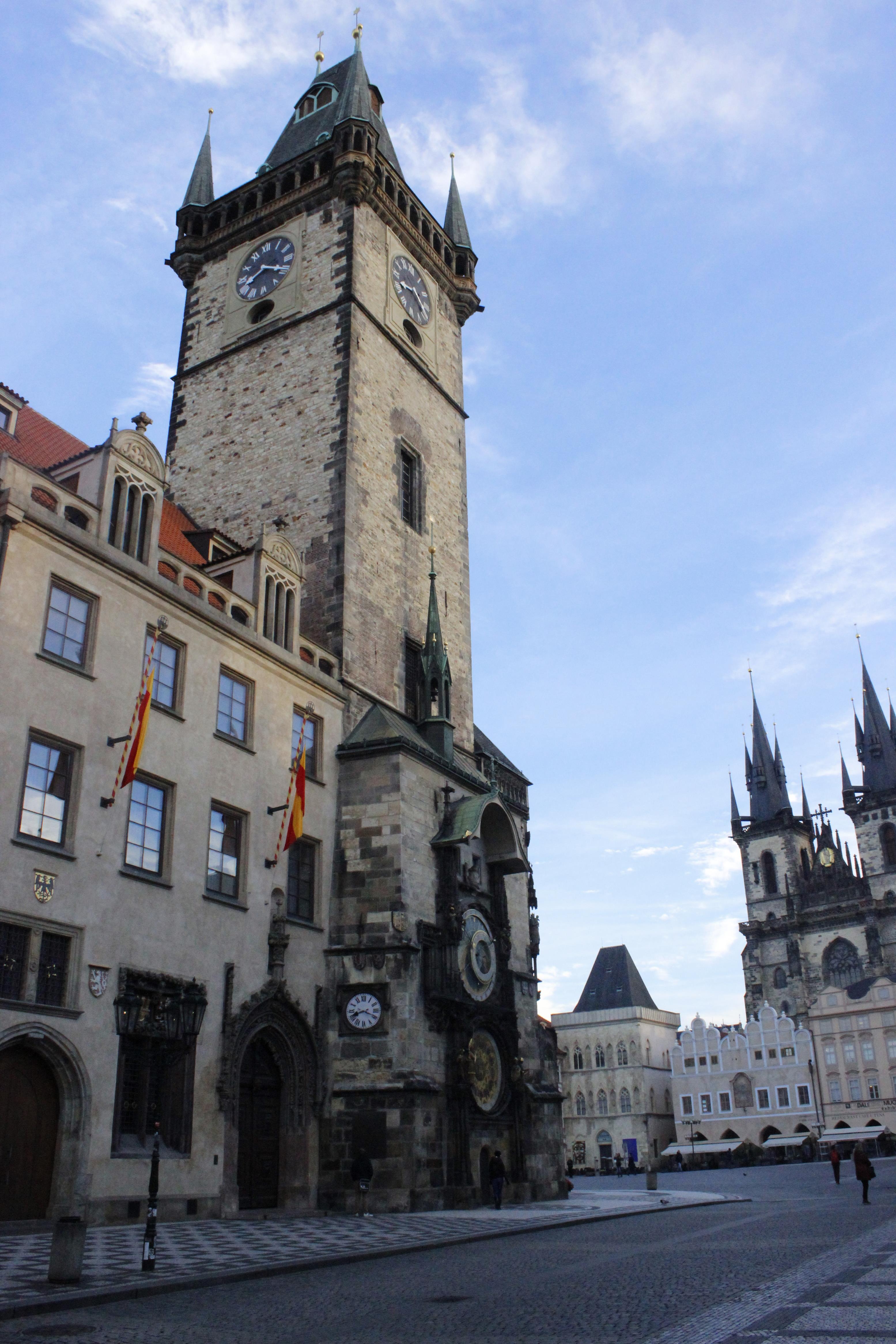 Prag Astranomik Saat Kulesi