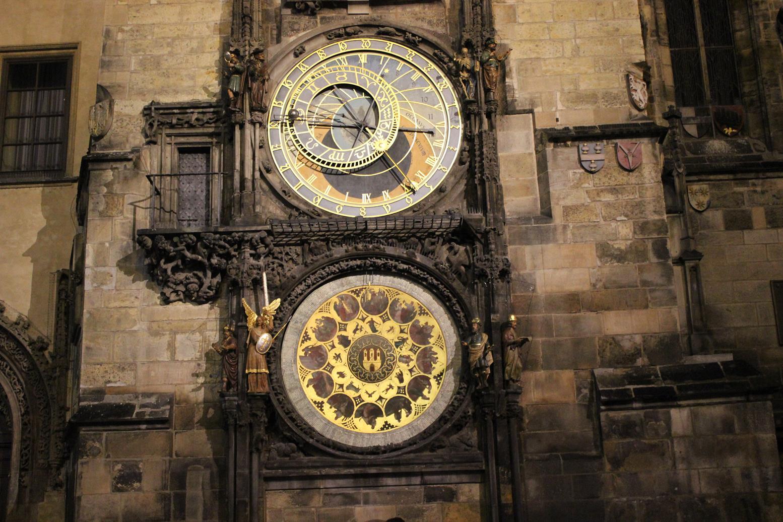 prag-astronomik-saat-kulesi